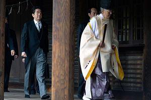 Abe'den Çin ve Güney Kore liderlerine çağrı