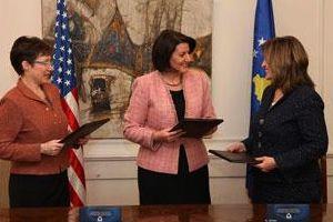 ABD'den Kosova'ya yardım