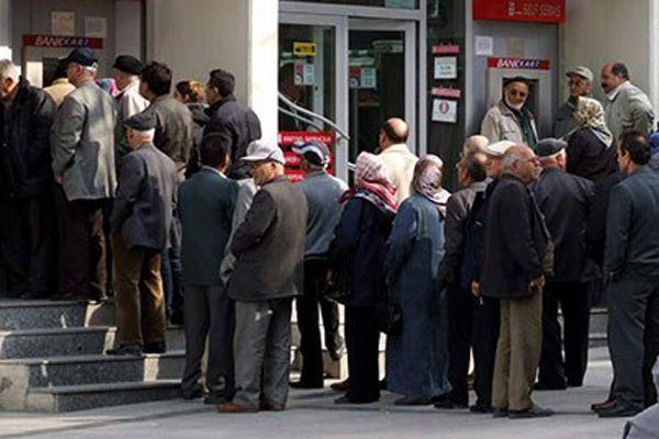 PTT'den maaşını çeken emekliler şaşkınlık içinde!