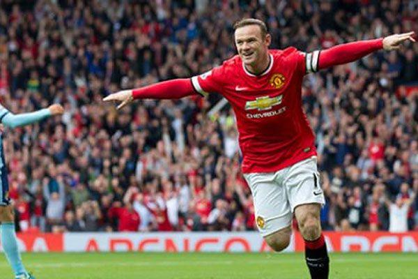 Manchester United'ın yüzü güldü
