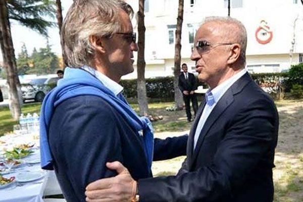 Galatasaray Mancini ile 'devam' dedi