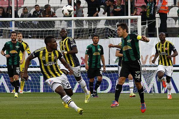 Fenerbahçe, deplasmanda Akhisar Belediyespor'a 3 - 1 mağlup oldu