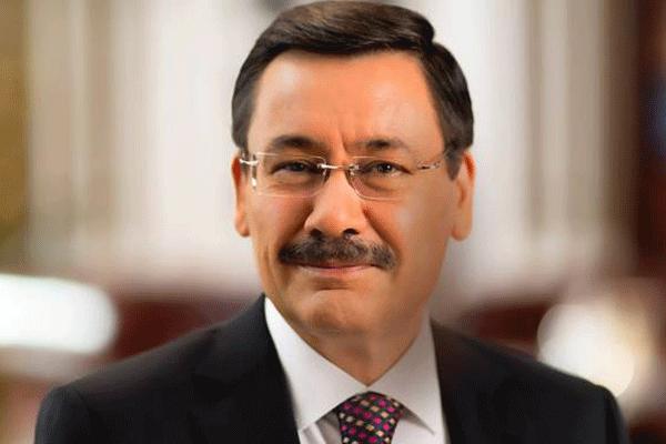 Melih Gökçek, Ekmeleddin İhsanoğlu'nu fena ti'ye aldı -İZLE