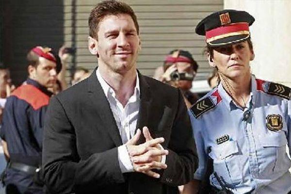 Messi'ye bir şok daha! 'Kara para aklıyor' iddiası