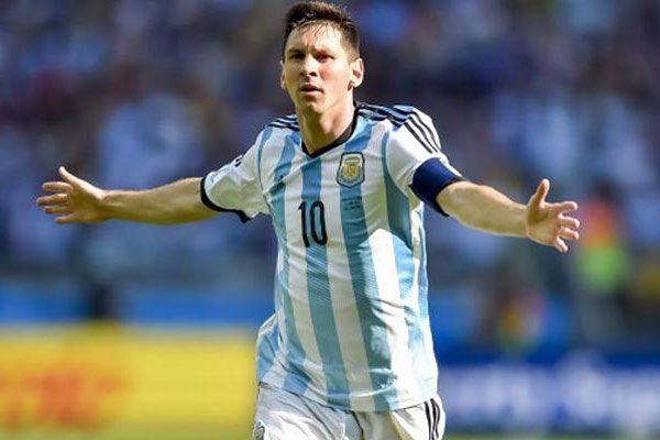 Messi adını yine tarihe yazdırdı