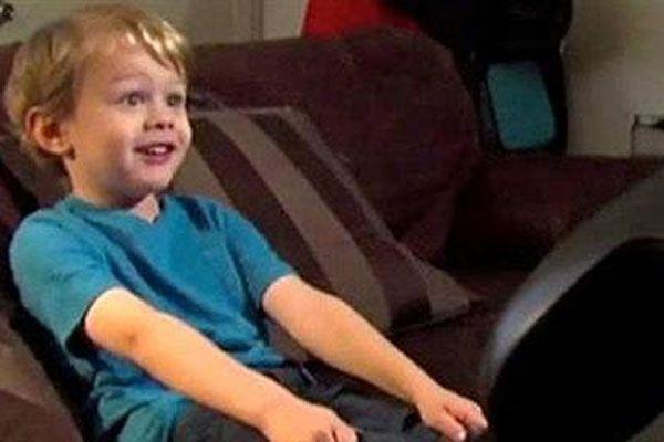 5 yaşında Microsoft'un açığını bulan çocuk