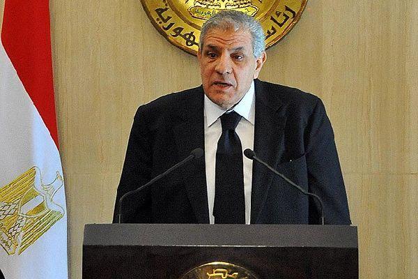 Mısır'da yeni kabine yemin etti