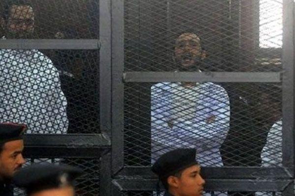 Mısır'da 312 kişiye ek tutukluluk süresi