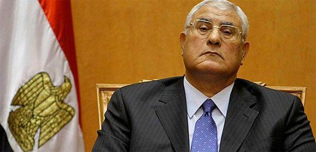 Mısır'da kabinenin 25 bakanı belli oldu
