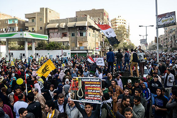 Mısır'da darbe karşıtı gösterilerde 2 kişi öldü