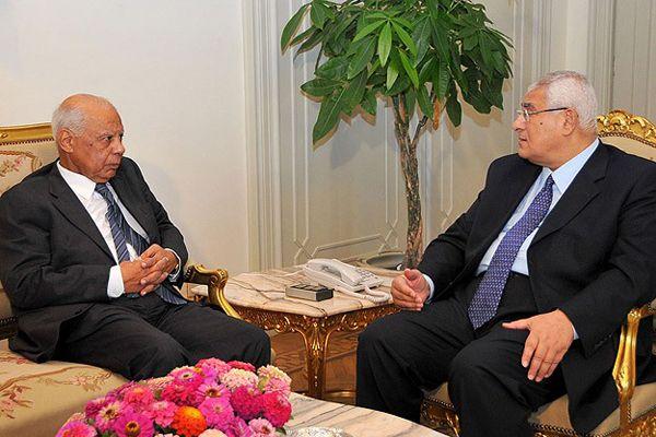 Adli Mansur hükümetin istifasını kabul etti