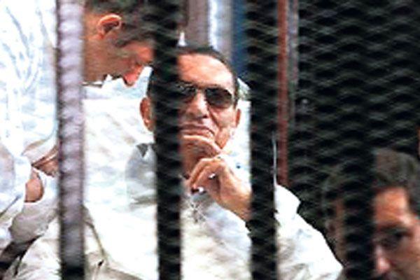 Hüsnü Mübarek'in hapis cezası açıklandı! Eski cumhurbaşkanı kaç yıl yatacak
