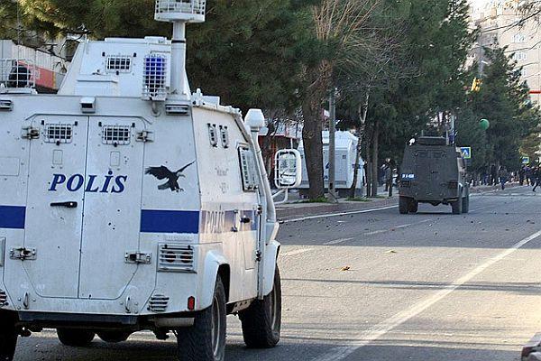 Diyarbakır'da 3 polis müdürü açığa alındı