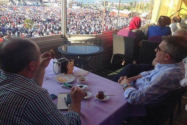 Başbakan Erdoğan'ın Yalova mitingini o da izledi
