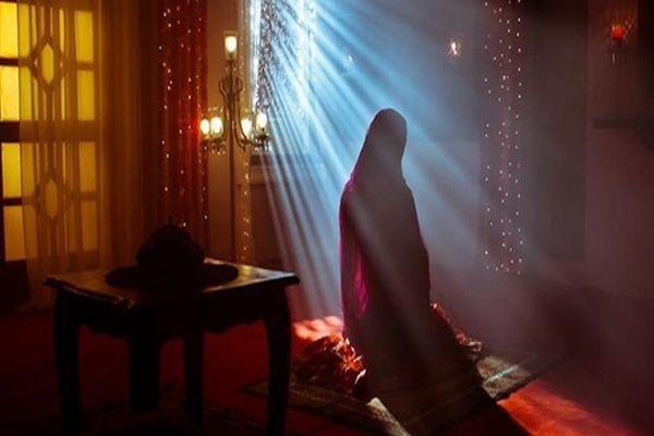 Müslüman olan kızını öldürdü