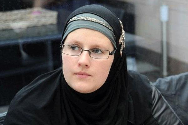 Belçikalı kız 1000 kişiyi Müslüman yaptı