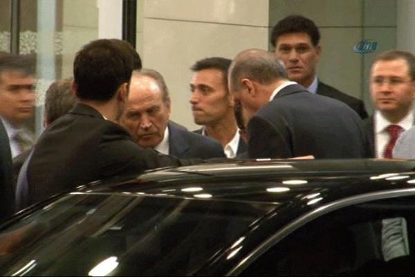 Mustafa Sandal, Başbakan Erdoğan'ı böyle karşıladı