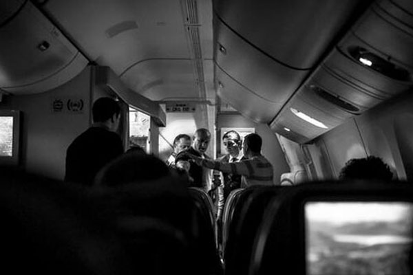 New York'a giden THY uçağında olay çıktı