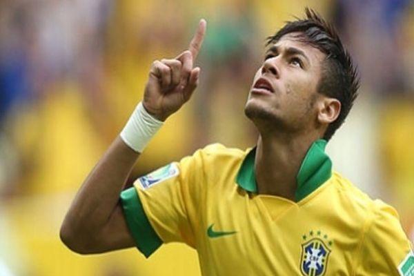 Yıldız futbolcu Neymar Türkiye'ye geliyor