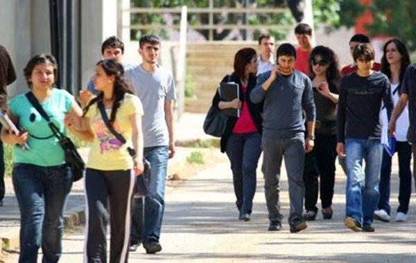 Üniversite öğrencilerine 2 bin lira burs müjdesi