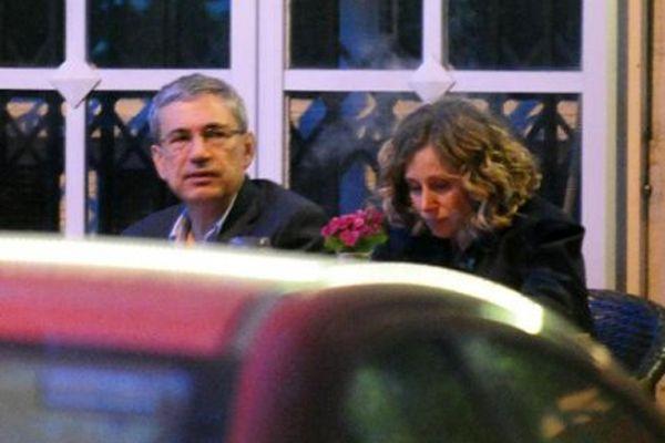 Orhan Pamuk yeni sevgilisiyle yakalandı