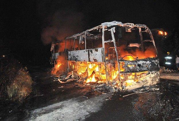 Meksika'da otobüs kamyonla çarpıştı, 36 ölü