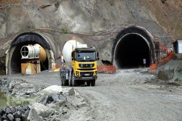 Türkiye'nin en uzun tüneli Ovit'te sona gelindi