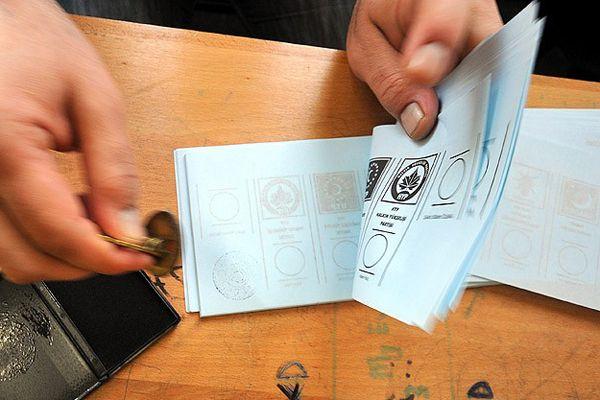 İstanbul için 34,5 milyon oy pusulası bastırılacak