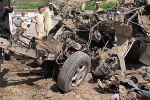 Pakistan'da askeri konvoya saldırı düzenlendi
