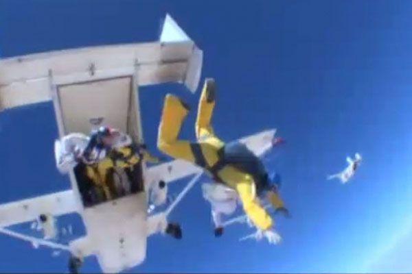 Paraşütle rekor denemesi feci sonla bitti