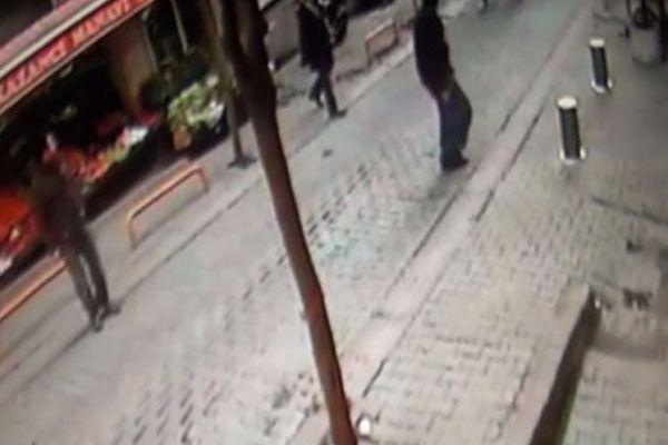 İşte Taksim'deki patlama anı-izle