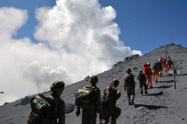 Yanardağ patlamasında ölenlerin sayısı 48'e yükseldi