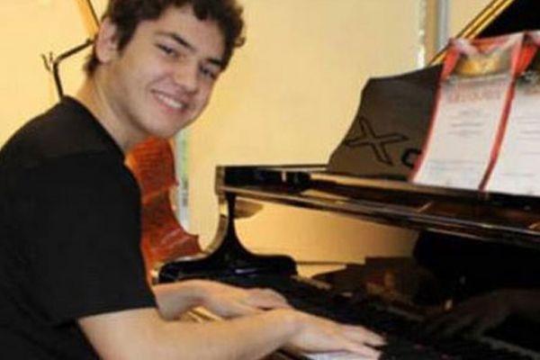 Suriyeli genç piyanist Türk vatandaşı oldu