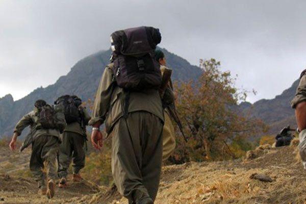 PKK kıyafeti giyip köy kahvesini bastılar