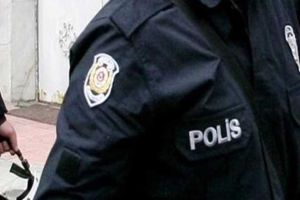 İstiklal Caddesi'nde polis taşladılar