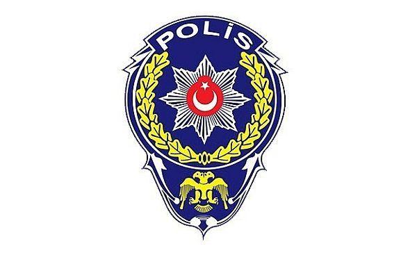 İzmir'de açığa alınan polislerin evlerinde inceleme