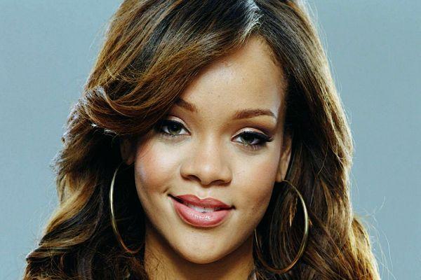 Dünyaca ünlü şarkıcıdan 'Soma' mesajı