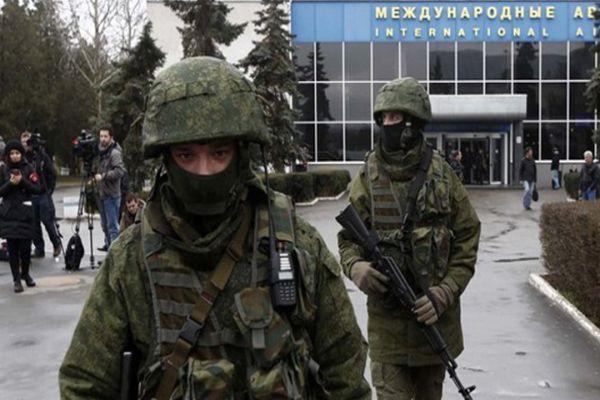 Rus askerleri, Ukrayna askerlerini kuşattı