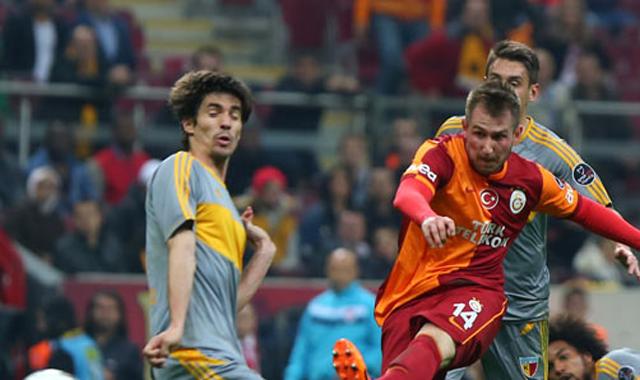 Galatasaray taraftarından yönetime 'istifa' çağrısı