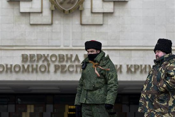 Kırım Parlamentosu, referandum kararı aldı