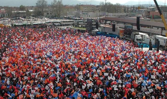 Kenan Sofuoğlu da AK Parti mitingine katıldı