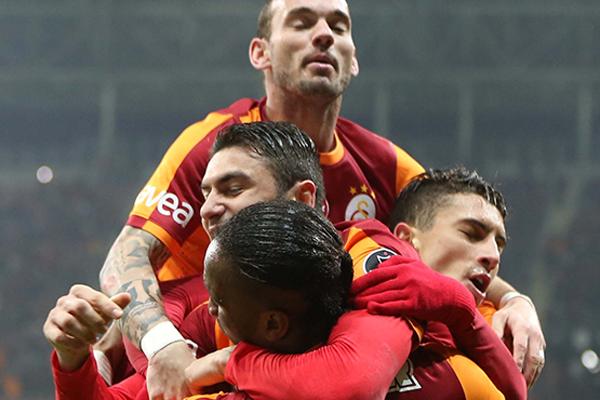 Galatasaray'dan yıllar sonra bir ilk