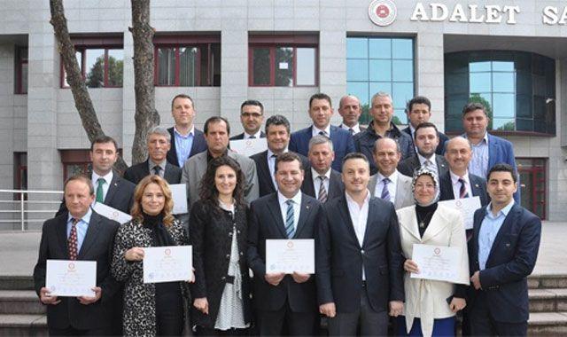 Yeni Belediye Başkanları mazbatalarını aldı