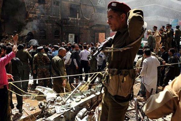 Yemen'de askeri konvoya saldırı düzenlendi