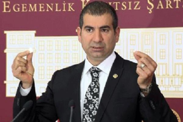 CHP Antalya Milletvekili Yıldıray Sapan, 'Kibir kaybetti'