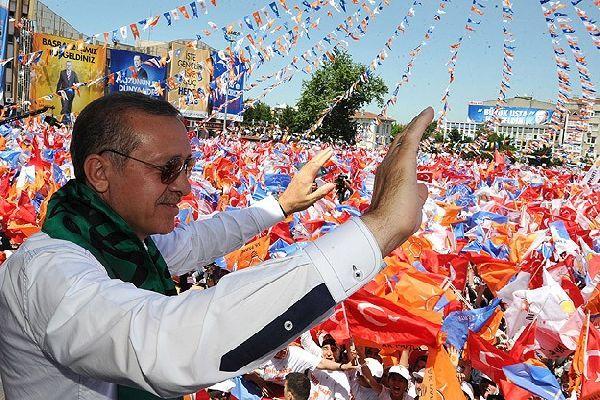 AK Parti yerel seçimler için 9 şarkı hazırlattı