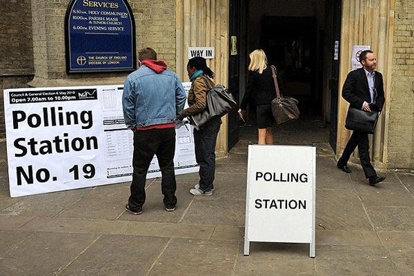 İngiltere'de 2015 genel seçim yılı olacak