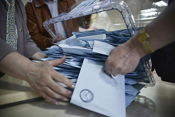 Pehlivan, 'Yalova'da mağdur olan AK Parti seçmenidir'