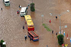 Endonezya'da heyelan ve sel felaketi