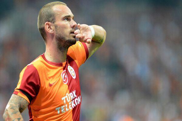 Ünal Aysal'dan sürpriz Sneijder açıklaması